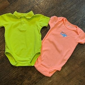 (lot of 2) 6m short sleeve onesies
